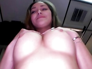 She loves a facial cumshot after sexy sex