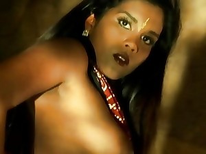 Indian Mummy Honey Is Awesome When She Dances