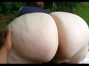 Fat Pawg Wants BBC in The Garden. Creampie Interracial