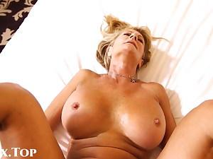 Fick eine schone blonde Cougar