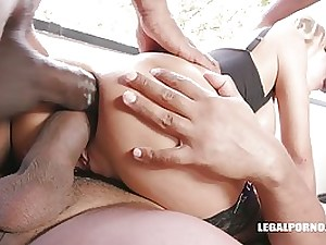 Florane Russell is dressed in pantyhose and high stilettos while getting 2 ebony jizz-shotguns inwards her donk